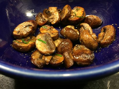 mushrooms_with_kerry_gold_butter_and_garlic_chives_showing_bowl