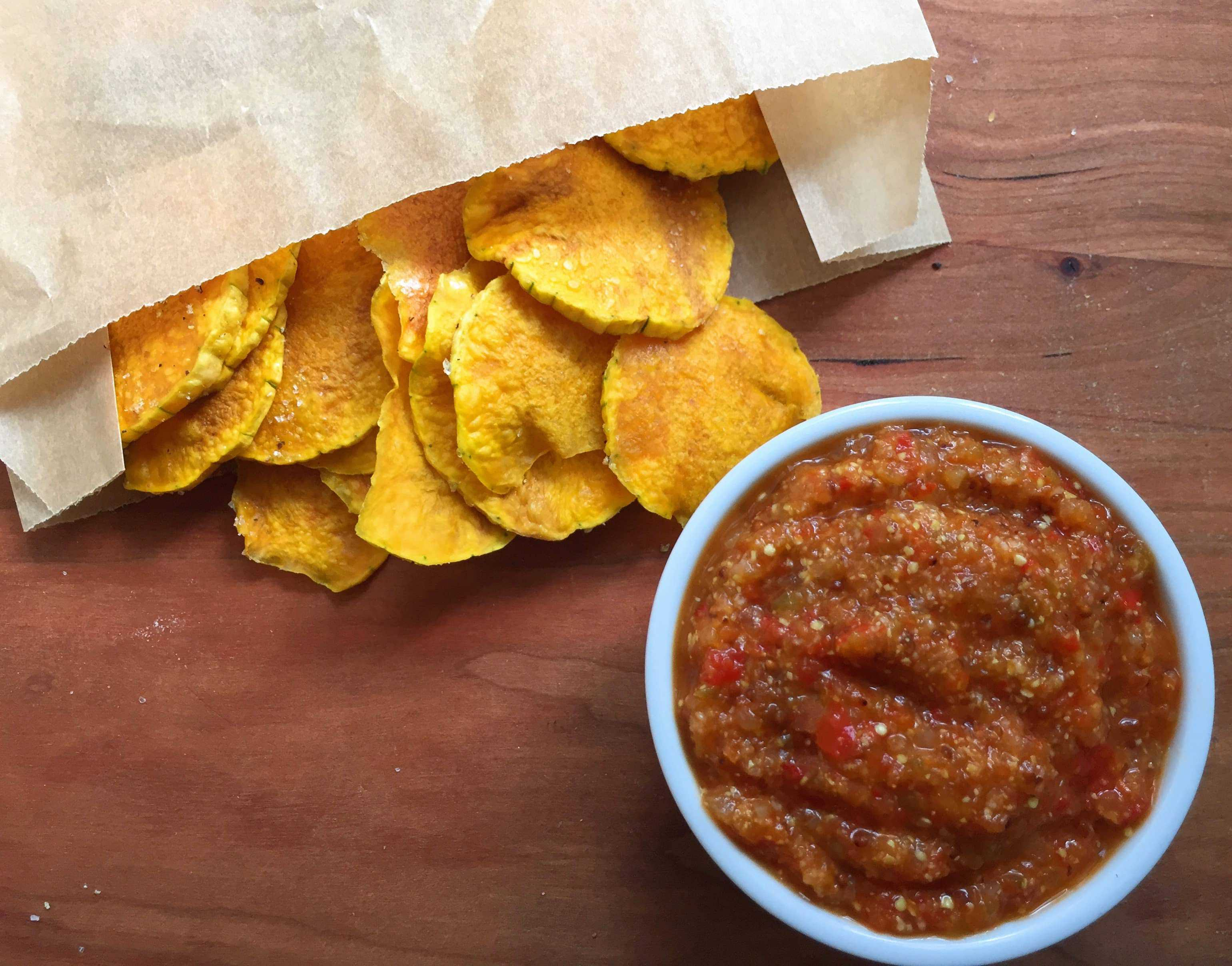 mypaleos_microwave_butternut_squash_chips_with_panamanian_hot_sauce_five_minute_gluten_free_sugar_free_paleo